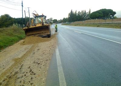 Limpeza de Bermas Pavimentadas